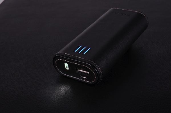 LUXA2 PL2 6000mAh行動電源 附加LED照明手電筒功能 copy