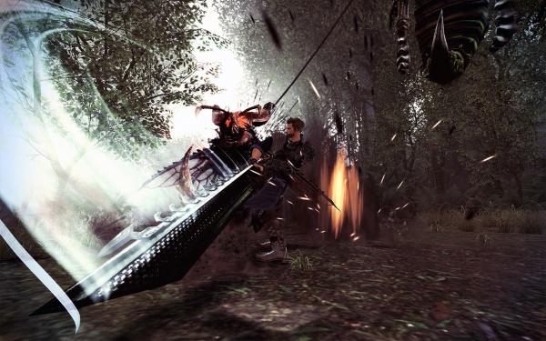 02 「赫克」以巨劍發動連段式攻擊,讓對手破綻百出,再趁隙給予致命反擊,讓敵人無從閃避!
