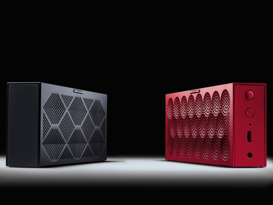 HIGH Res, MINIJambox, Black with Red copy