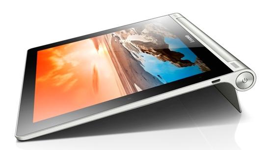 Lenovo聯想新聞圖說三】將Yoga Tablet機身底部的支架拉出,即可穩定斜立在桌上,以最適合自己的角度舒適瀏覽網頁、看看社群網站