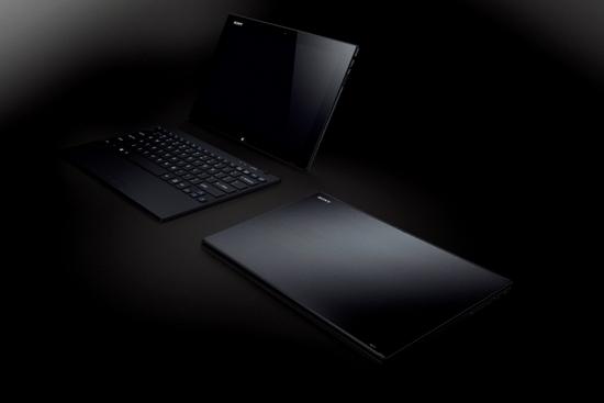 Sony 新聞圖片-世界最輕薄平板 VAIO Tap 11  單機重量約780克,含鍵盤僅1,100克!
