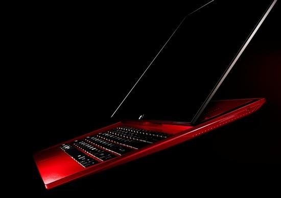 Sony 新聞圖片-Sony 今年特別推出新色VAIO  red edition限量版筆電,從裡到外帶來最頂級的視覺與操作體驗 (產品:Duo13 red edition)