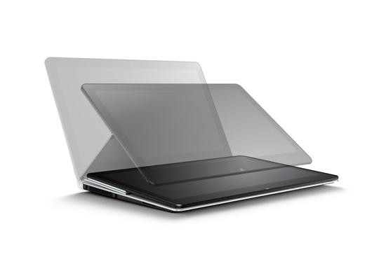 Sony 新聞圖片-VAIO  Fit multi-flip™ PC內建強效作業系統以及Sony極致影音科技,最新multi-flip多向翻轉式轉軸設計,可自由翻轉螢幕角度操作觀賞!