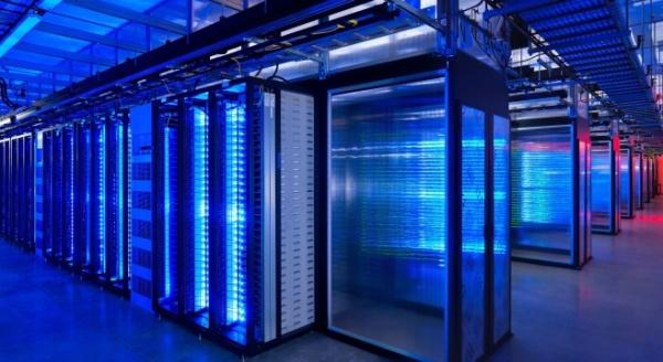 ibm Server-Data-Center-Lights-Neon-Computer-Server-Blue-657x360