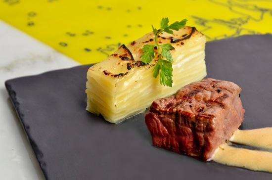 20131228香烤和牛肉搭配蒜香奶油焗烤洋芋 copy