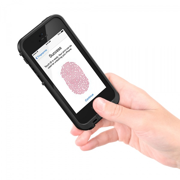 LifeProof iPhone 5s  frē保護殼提供完整指紋辨識功能