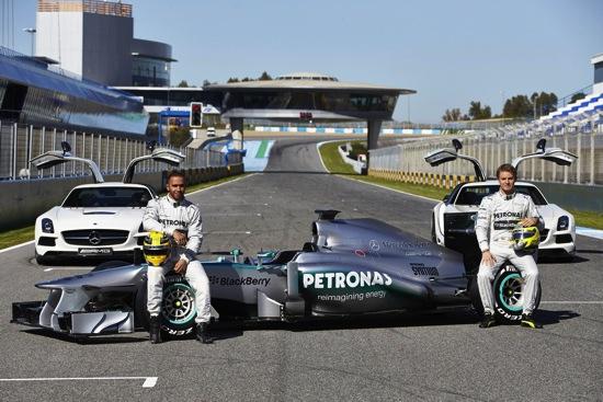 Mercedes-AMG PETRONAS F1-圖B copy
