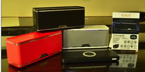 LUXA2納爾莎「GroovyW無線充電藍牙喇叭」系列 copy