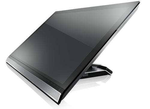 Lenovo聯想新聞圖說五  ThinkVision 28 智慧顯示器,以高解析度 3840 x 2160 的華麗鏡面螢幕設計成功吸睛,並兼具商務及娛樂效果,滿足全方位需求 copy