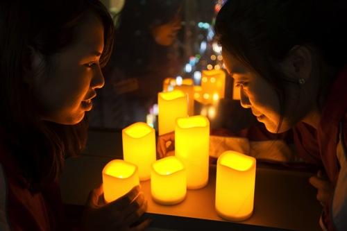 Canon連續六年響應「關燈一小時」活動,今年再度邀請全台民眾於3月29日(六)晚上8點30分一起「關燈一小時」,為地球節能減碳盡一份心力。 copy