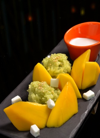Kao Neaw Ma Muang Mango Sticky Rice      芒果糯米 copy