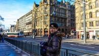 這一張照片為2013年12月,賀禎我位於英國愛丁堡王子街上留影,愛丁堡位於英國北 […]
