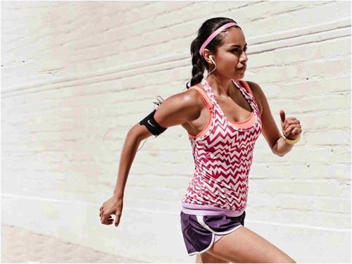 2014女生在跑步 copy