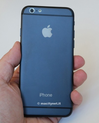 iphone-6-dummy-vs-ipod-touch-00