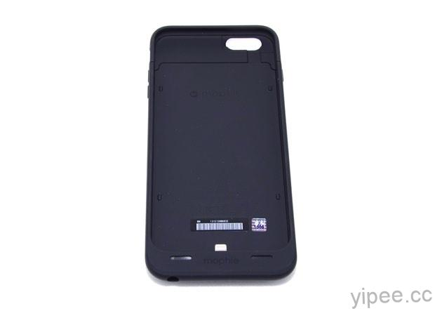 mophie iPhone 6 Plus 背蓋式行動電源  4