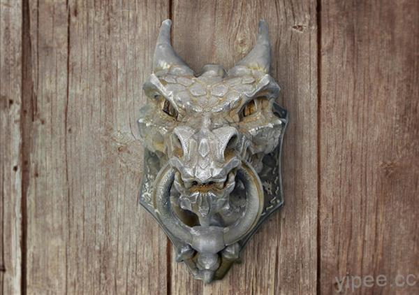 enter-dragon-knocker-3d-printed-door-knocker-artist-sonia-verdu-latest-fiery-creation-1