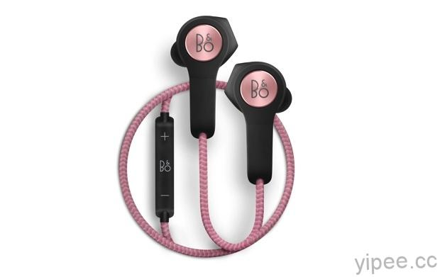 5-耳機的外殼採用紋理細緻的橡膠與聚合物製成