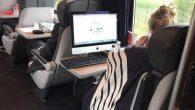 無論在哪個國度,隨身帶著筆記型電腦處理公事已經是一件很平常的事情了,即使通勤途中 […]