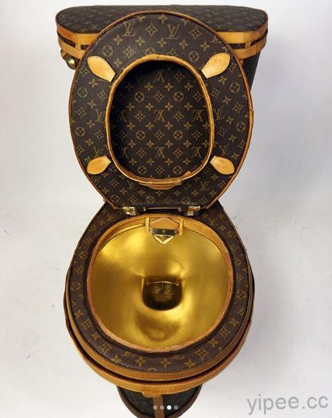 你有想過坐在名牌 LV (LOUIS VUITTON)馬桶上廁所的感覺嗎?以繪製 […]