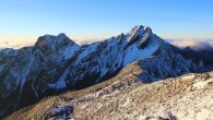 (圖片來源:Wiki,作者 Dragons70c) 玉山海拔標高 3,952 公 […]