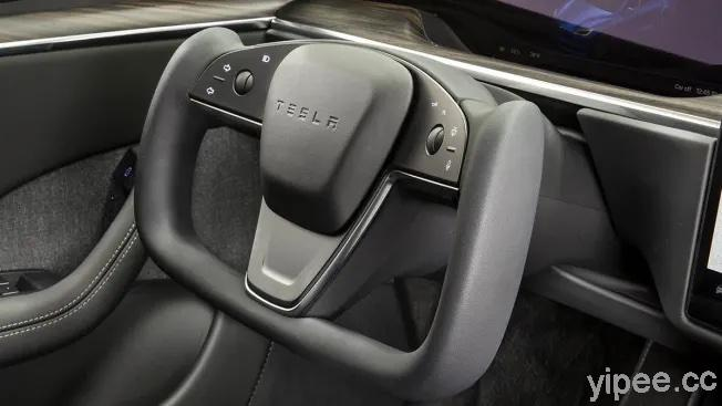 Tesla 特斯拉全新 Yoke 方向盤很酷?《消費者報告》認為有潛在的安全隱患