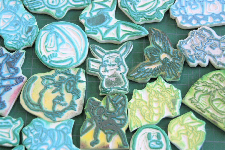超強手工藝!日本中學女生手工雕刻 151 隻關都 Pokémon 寶可夢印章